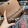 歐美折扣款 限預購 全新正品 BURBERRY 40681441 經典英倫格紋*棕色 WOC 功能鏈條包 手拿包 小方包