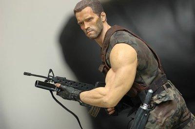 【烏龍1/2】sideshow 終極戰士 Predator  阿諾 美軍 海軍陸戰隊 Dutch Schaefer  達奇 少校 1:4 pf 雕像