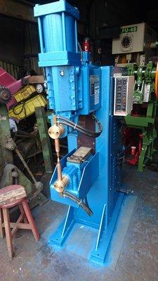 億整機械(新莊廠)~35KVA奇龍點焊機,狀況良好,歡迎來電洽詢~中古機械~