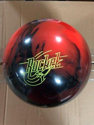 美國進口保齡球STORM品牌Rocket 風暴曲球直球玩家喜愛的品牌15磅