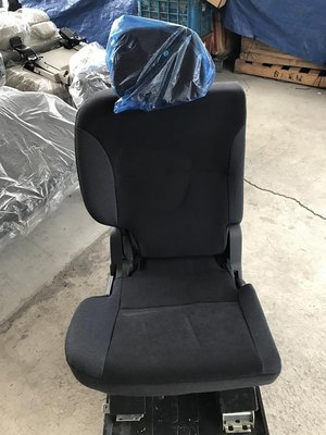 @中華三菱MITSUBISHI@OUTLANDER奧蘭德~全新原廠座椅~第二排座椅~右邊(小)黑色布椅