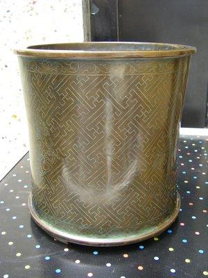 陶木屋   嵌銀絲開窗三龍銅筆筒 重3.8公斤