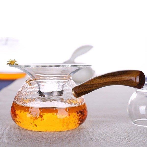 5Cgo【茗道】含稅 527932607457 耐熱側把壺玻璃公道杯錘紋紅檀木把手+茶漏茶托加厚泡茶濾網茶葉過濾 套裝組