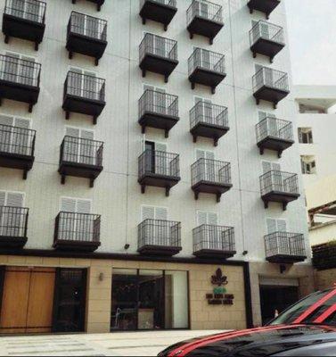 @瑞寶旅遊@嘉義蘭桂坊花園酒店【雅緻四人房】含早餐『2016年新開幕、嘉義文化夜市旁』