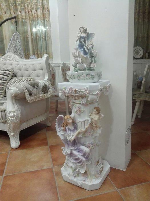 粉紅玫瑰精品屋~歐式高檔羅馬柱花盆樹脂擺件家居裝飾落地天使花架擺設~C款
