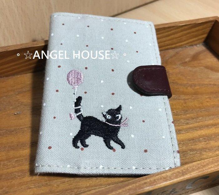 。☆ANGEL HOUSE☆。日本進口**棉麻手作風**氣球小黑貓票卡/證件夾
