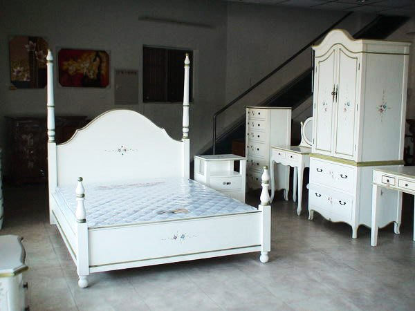 【布拉格歐風傢俱】英式四柱床公主床雙人床( 最後2組 出清$19900)