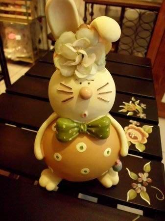 《溫馨小舖 J&J Store》可愛瞇兔存錢筒 撲滿 咪兔擺飾 瞇兔擺飾