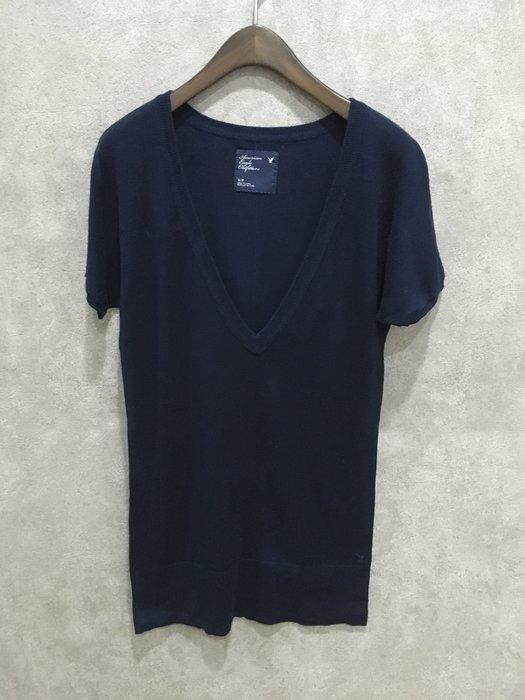 Maple麋鹿小舖 American Eagle * AE 深藍色V領長版短袖上衣 * ( 現貨S號 )