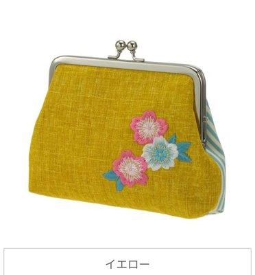 萌貓小店日本直送-日本製刺繡口金包。刺繍角がま口 桜