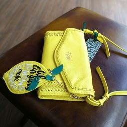秒殺對折!原價超過7000元!小眾品牌 刺繡牛皮斜挎包零錢包側背包 一體包