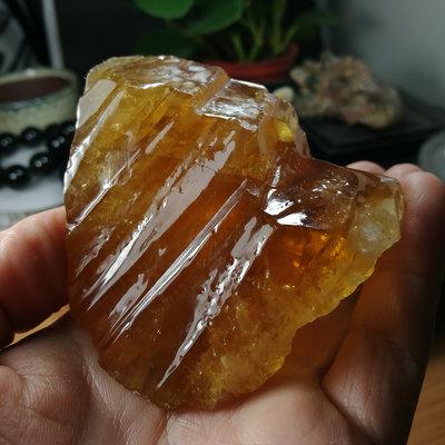 [友克鑫礦業]31約重267.7g琥珀色黃方解石Calcite蜜糖色霰石Aragoni原礦 晶簇 晶塊 晶柱 水晶柱 水