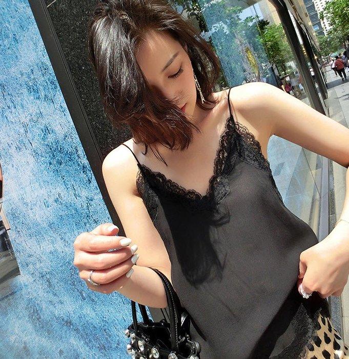 《巴黎拜金女》吊帶背心吊帶女寬鬆無袖打底衫
