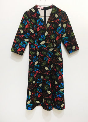 ANITA SU 設計感  黑底碎花 厚棉彈性纖維  秋冬洋裝