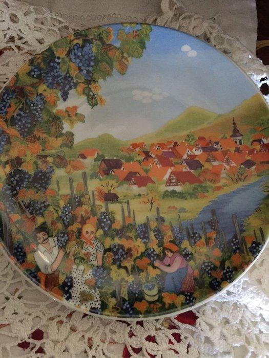 德國手繪鄉村盤掛飾C10