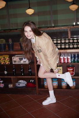 ☆AirRoom☆【現貨】2016 WHITE BLANK Junk Village Socks 長襪 襪子 白 漢堡