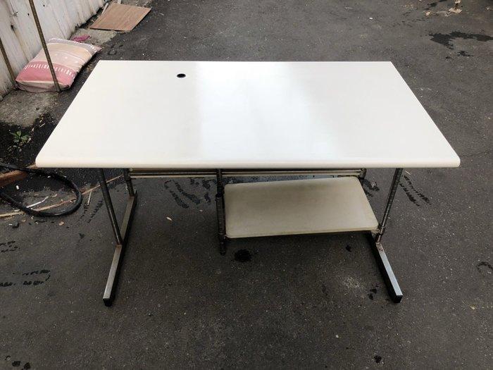 非凡二手家具 4尺 電腦桌*書桌*工作桌*辦公桌*寫字桌*方桌*美甲桌*會計桌