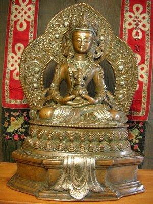 【準提坊】尼泊爾紅銅鑲銀長壽佛,裝臟老件,總高約309mm*3960g