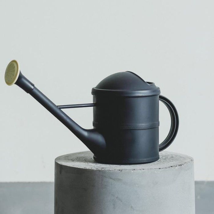 創意北歐灑水壺花店園藝用品澆花壺長嘴塑料北歐復古噴水壺澆水壺