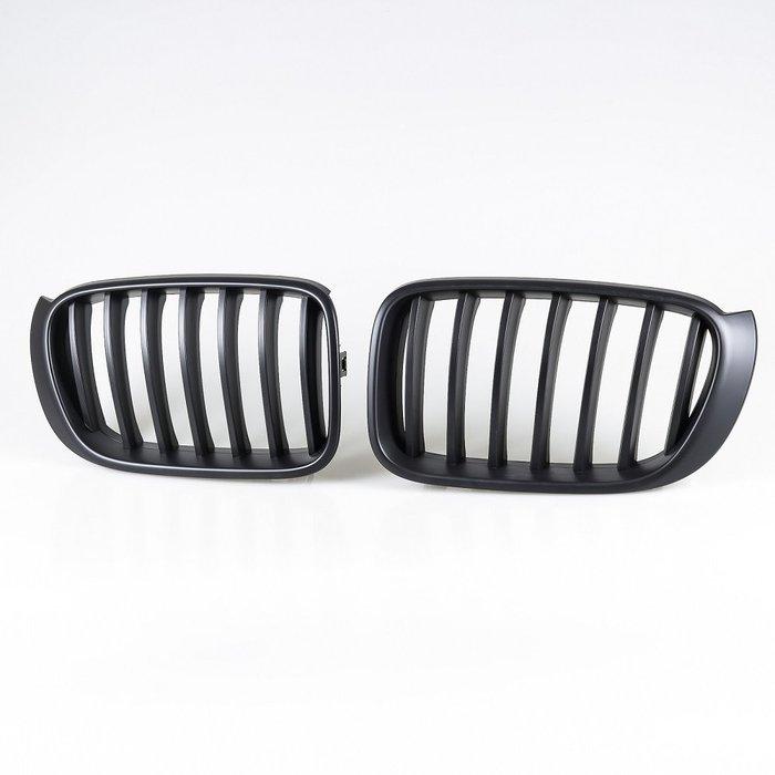 [消光黑] 水箱罩鼻頭格柵 寶馬BMW X3 F25 LCI X4 F26用 2014-2017年式適用/汽車外飾交換件