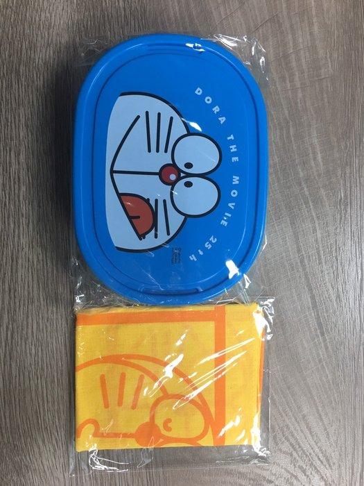 日本原裝進口  小叮噹便當盒 11*15.2*6cm / 手帕35*35
