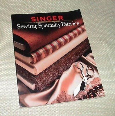 [賞書房] 服裝洋裁原文書@SINGER 勝家縫紉大全《Sewing Specialty Fabrics》