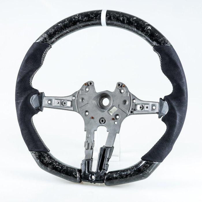 鍛造碳纖維+麂皮+白環 方向盤 BMW F80 M3 F82 M4 F87 M2用