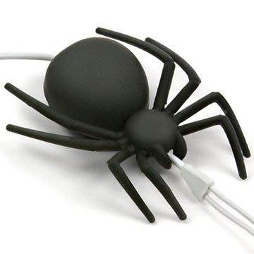 hoobbe 黑蜘蛛 造型捲線器,驚嚇指數破表的kuso小禮物!  idea-dozen 創意達人發毛推薦
