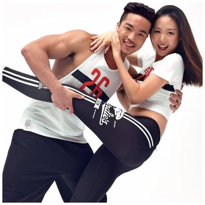 【OTOKO Men's Boutique】固制:純棉開衩挖背運動背心/白色
