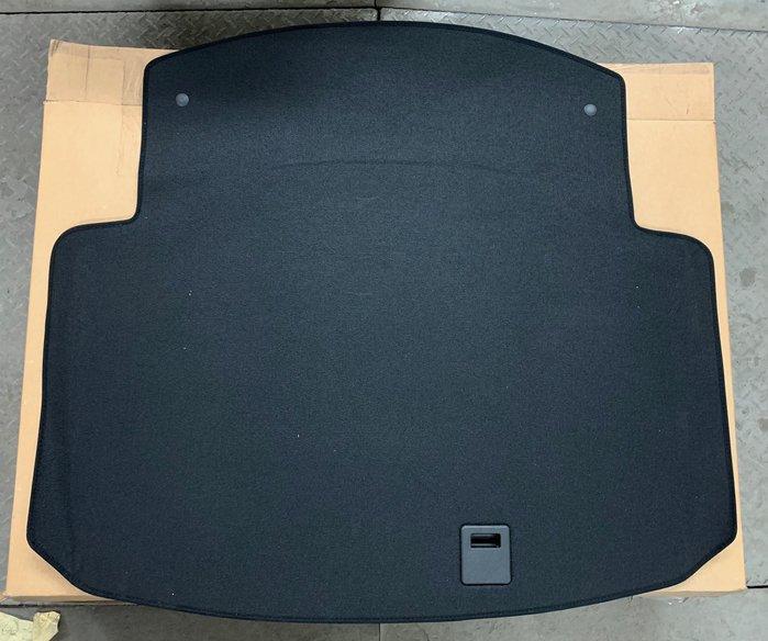 Benz C、W204 行李箱板、底板、 C250、C300、C200、C63、C280另有:打氣機、置物籃、大燈、後燈