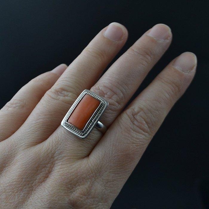 【四季】六十年代北京首飾公司外貿回流925銀鑲嵌純天然有機紅寶石戒指