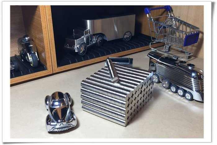 釹鐵硼強力磁鐵圓形10mmx1mm-磁吸卡片或是3C內部零件都可用哦!