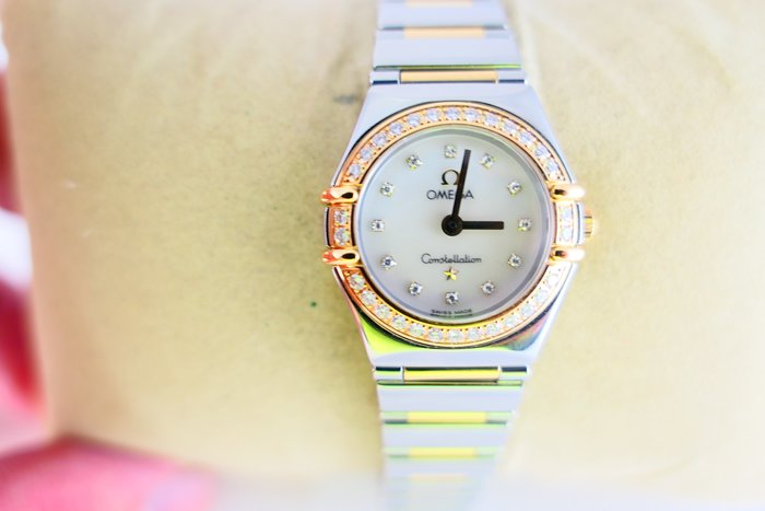 [吉宏精品交流中心]OMEGA 歐米茄 星座 原鑲鑽 22mm 半金 石英 女錶