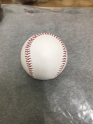 德州遊騎兵黃暐傑簽於空白球