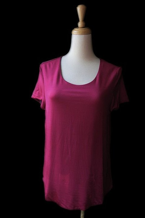 *Beauty*S MAXMARA紫紅色短袖圓領T恤  XL號 4900 元CO17