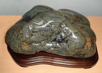 《毘盧舍那坊》花蓮外海☆深海金瓜石☆完整無切-重7公斤