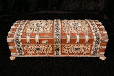 【家與收藏】特價極品稀有珍藏歐洲百年古董博物館級19世紀貴族手工Inlay檀木鑲嵌精緻微雕寶盒