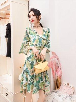 連身裙 套裝 夏裝 性感潮流2019新款度假風V領雪紡連衣裙女夏季新款很仙的流行裙子