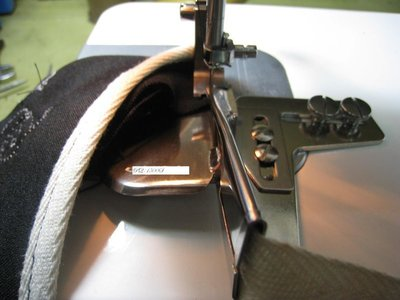 SED鴿子窩:兩折包邊效果包邊器~適用於TL-2010Q.Brother PQ-1500S.JUKI等桌上型平車~