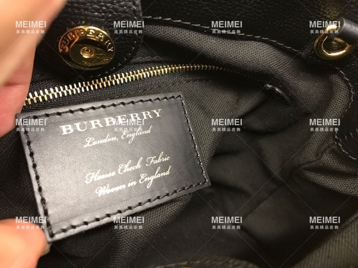 9be97f4b037b 30年老店預購BURBERRY The Banner House 格紋皮革小型包25cm 40237001 ...