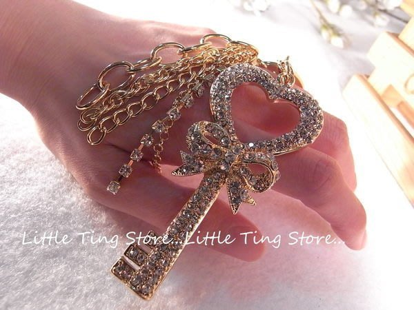Little Ting Store 情人節禮物 水晶鑽愛心鎖匙蝴蝶結流蘇鑰匙圈/可夾式吊飾/掛飾鑰匙圈