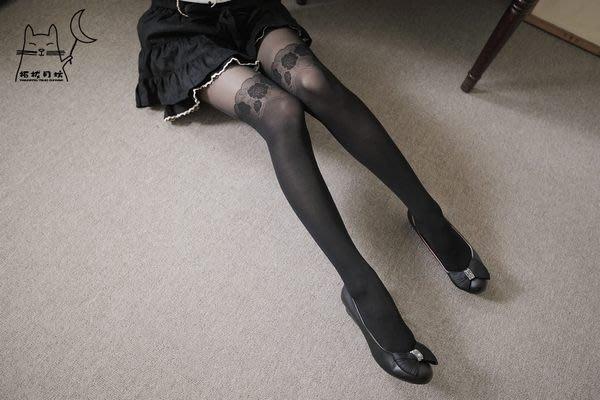 【拓拔月坊】日本品牌 Chaton Moe 玫瑰蕾絲柄 假膝上 褲襪 日本製~現貨!