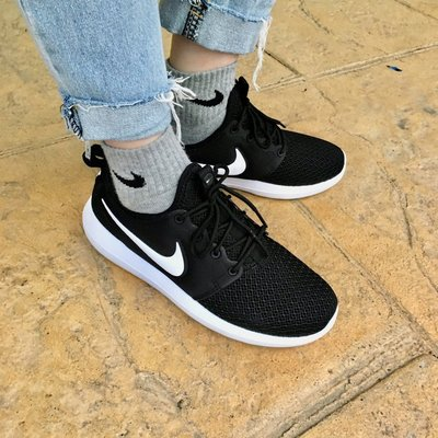 NIKE WMNS ROSHE TWO 襪套 基本款 2代 慢跑鞋 白勾勾 844931-007 女鞋 黑白