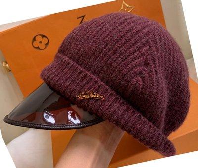 LV 冬季造型遮陽帽*🙋美品;任何頭型皆適合!分享優惠價!)