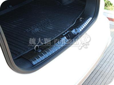 【魏大顆 汽車精品】KUGA(20-)專用 仿碳纖維不鏽鋼內後護板ー卡夢 後踏板 後防刮板 內踏板 後飾板 CX482
