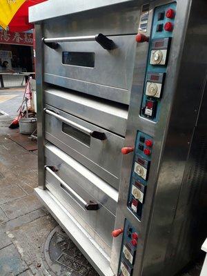 三麥瓦斯烤箱-三層六盤液化或天然瓦斯均能使用