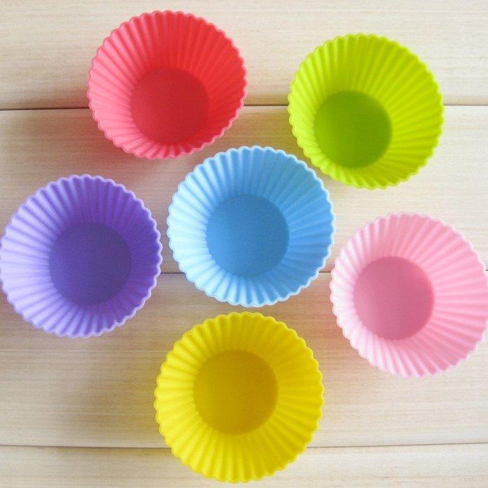*水蘋果* A-014 7cm 經典 馬芬杯 泡芙 布丁 果凍模  矽膠蛋糕模具 DIY 手工皂模具