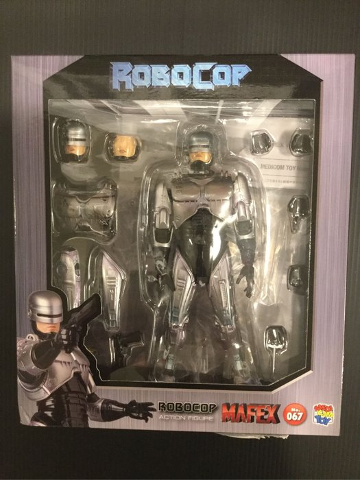 COME 玩具 MAFEX 機器戰警
