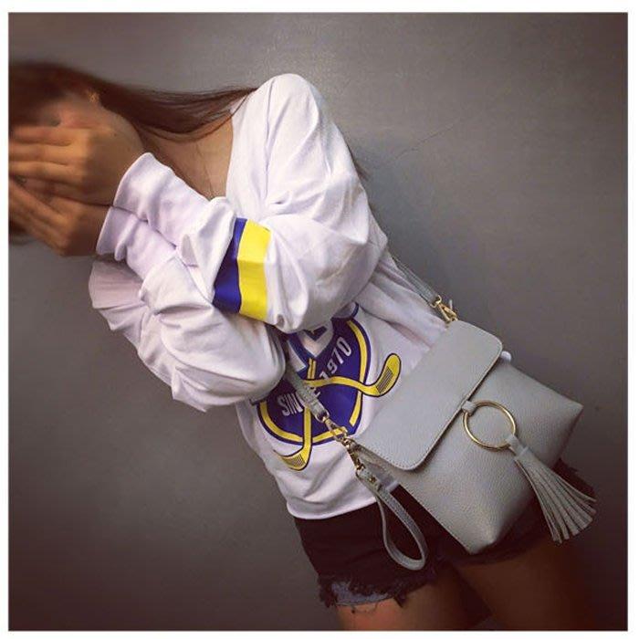 春夏新款 韓版簡約流蘇包 金屬圓環造型 斜背包 肩背包 側背包 手拿包 流蘇包 手機包