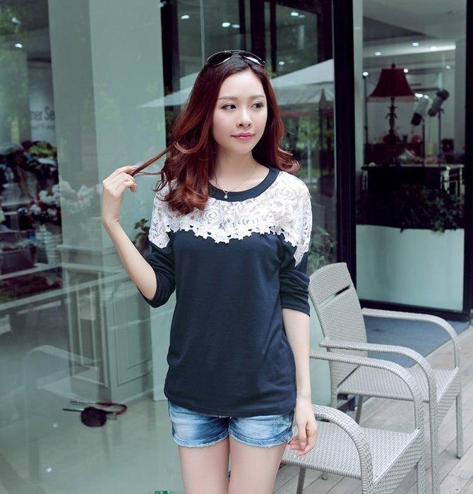 ☆Candy Box☆女裝蕾絲時尚拼接花邊長袖T恤 圓領打底衫 藍 Y1321555